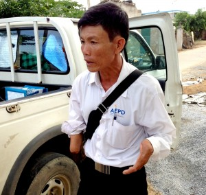 Outreach Worker Loan Van Thai