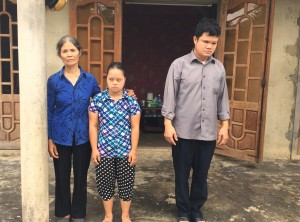 From left to right: Duong Thi An, her daughter Hoa, and her son Huong.